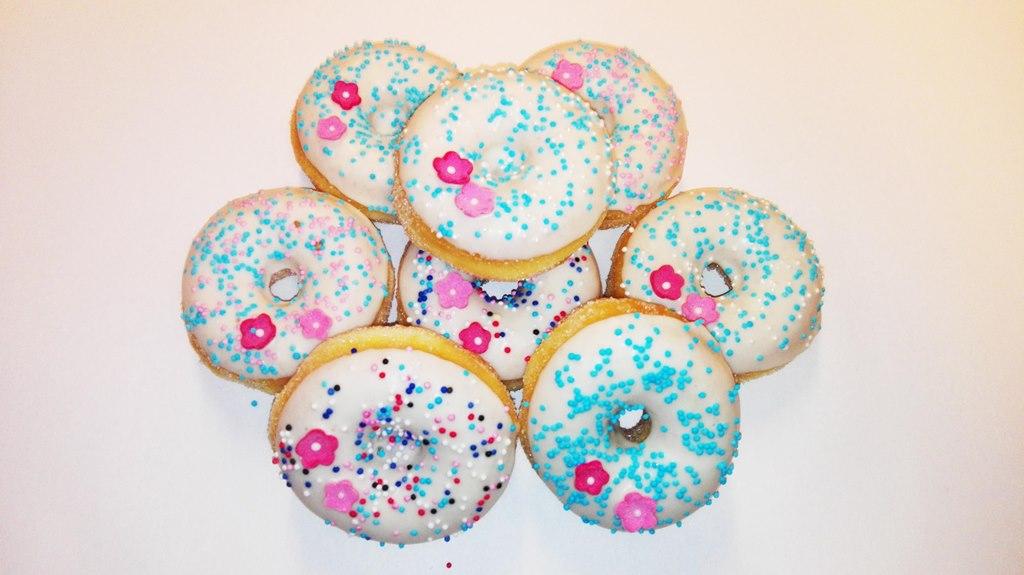 JJ Donuts - inspiratie donut met bloemetjes