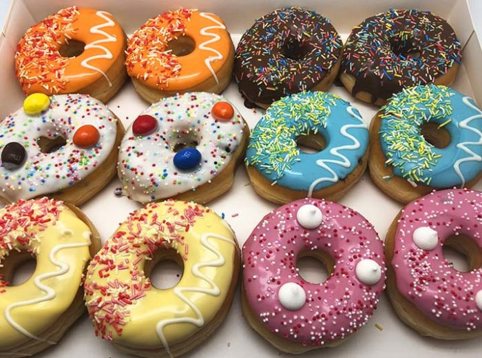 Party Donut box 12 stuks september 2019 - JJ Donuts