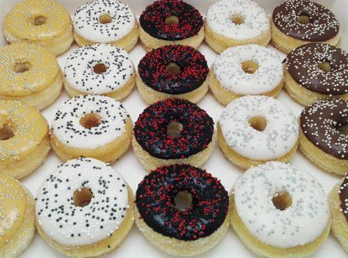 Gala mini donut box - zakelijke donuts - JJ Donuts