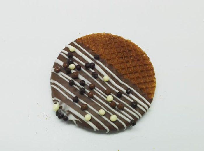 Versierde Stroopwafels choco balletjes - JJ Donuts
