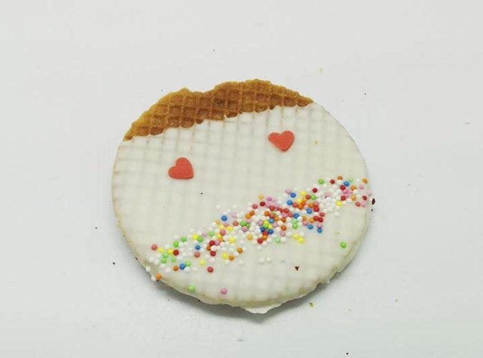 Versierde Stroopwafels witte choco gezichtje - JJ Donuts