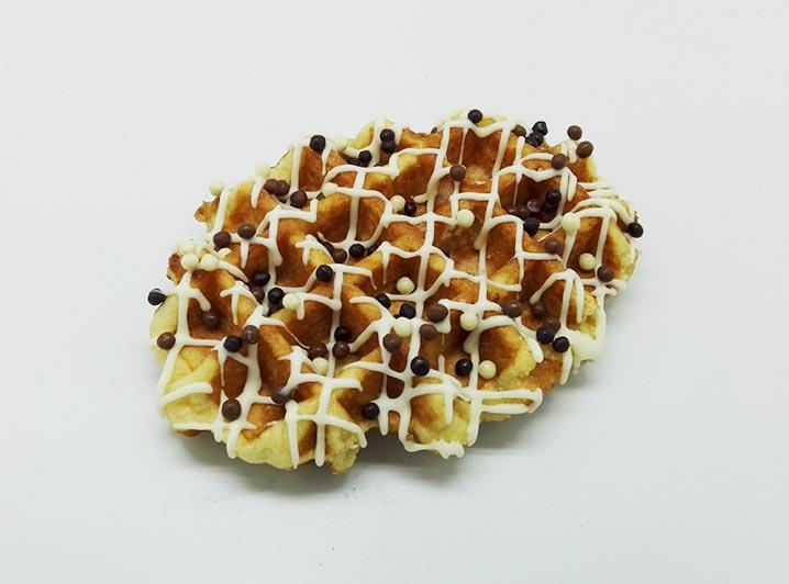 Zelf Samenstellen Wafels met Witte Chocolade lijnen - JJ Donuts