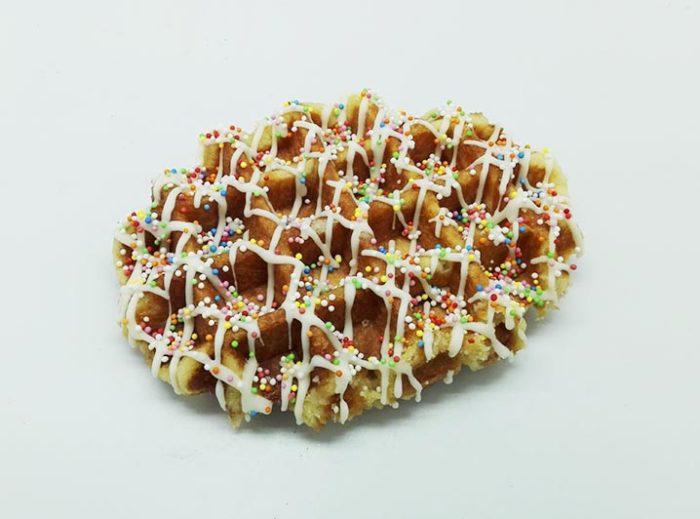 Zelf Samenstellen Wafels met Witte Chocolade lijnen disco - JJ Donuts