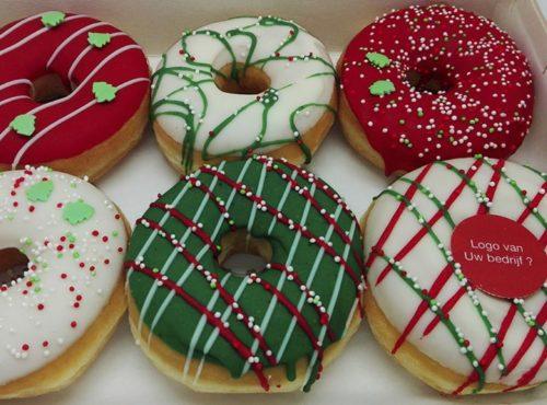 Kerst Donut box met eigen logo foto 1 - JJ Donuts