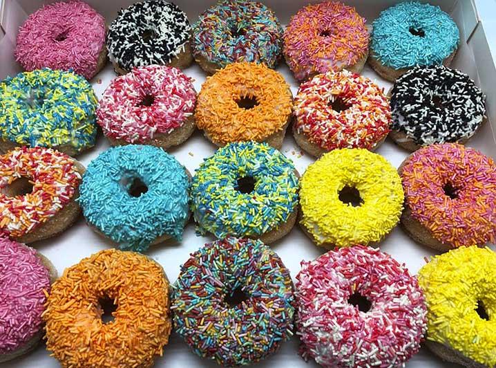 Gekleurde Hagel Mini Donut box - JJ Donuts