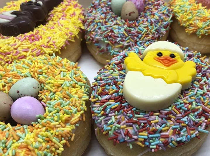 Pasen Donut box closeup - JJ Donuts