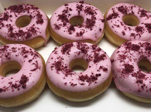 Framboos Bomb Donut box - JJ Donuts