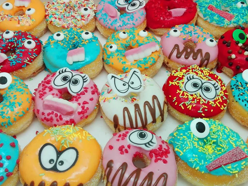 JJ Donuts - monsterdonuts - mini monster donut