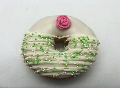 Bruidsdonut Roze Roos - bruiloft donut - JJ Donuts
