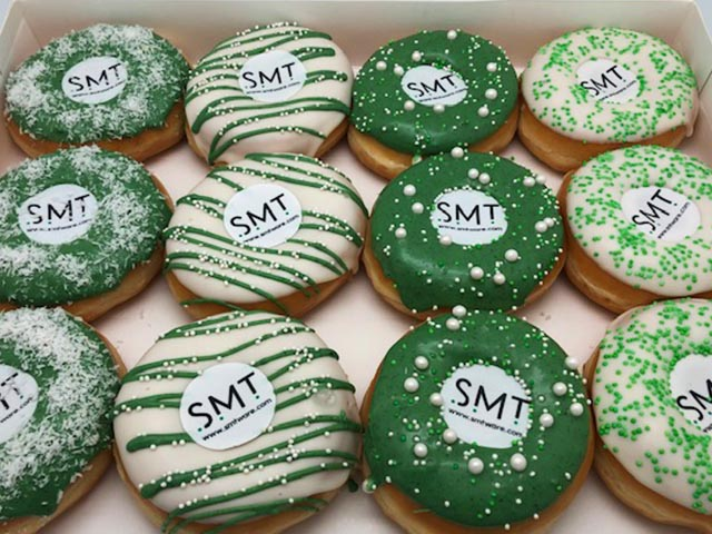 JJ Donuts - Voorbeelden van zakelijke donuts - smt