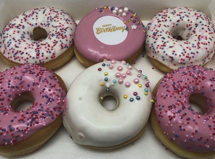 Happy Birthday Donut box vrouw - JJ Donuts