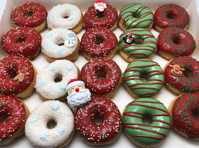 Ho Ho Ho Mini Donut box met kerstman ring - JJ Donuts