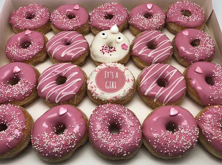 Boy or Girl Mini Donut box - meisje - JJ Donuts