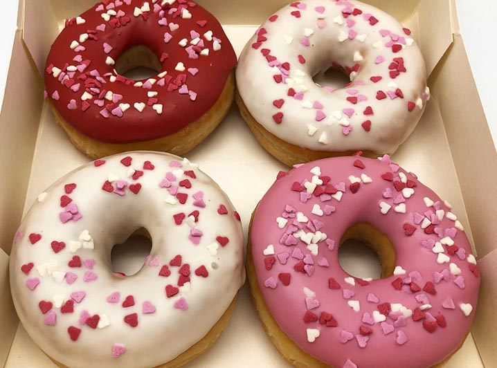 Love Hearts Donut box - JJ Donuts