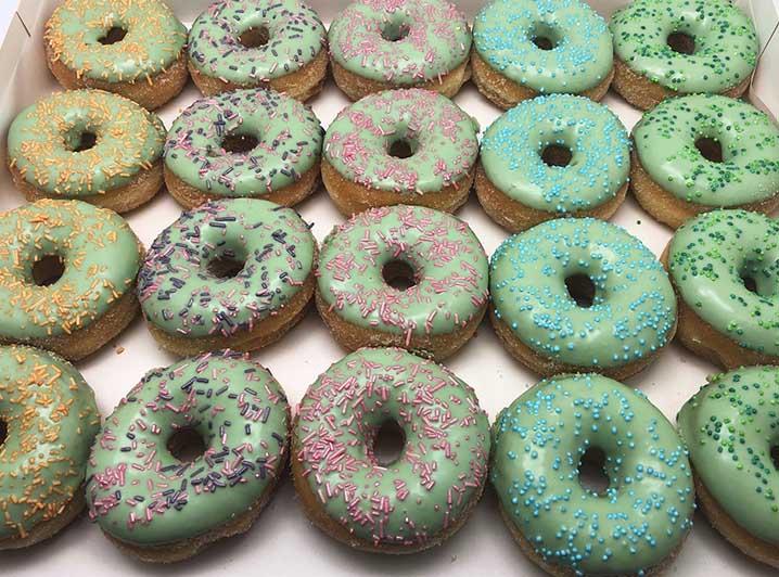 Pastel Galerij Mini Donut box groen - JJ Donuts