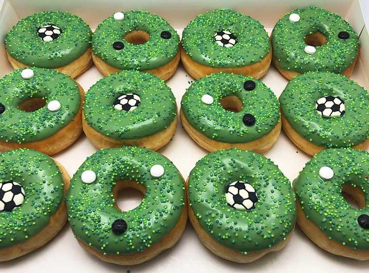 Voetbal Donut box - JJ Donuts