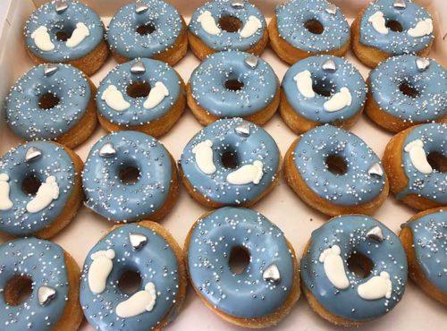 Baby Feet Mini Donut box 2020 hartjes - JJ Donuts