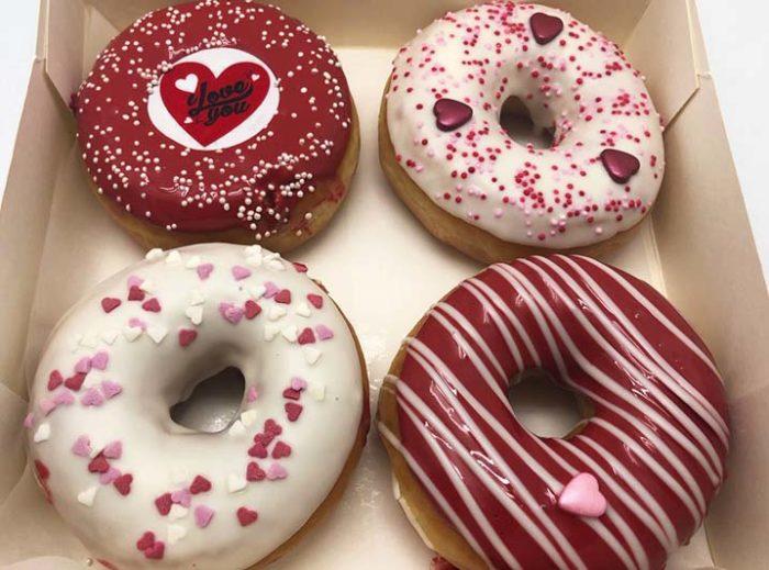 Valentijn 2020 Donut box foto 2 - JJ Donuts