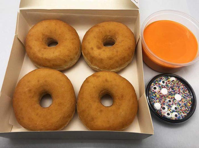Zelf Gezichtjes Maken Donut box - grote donuts met sinas - JJ Donuts