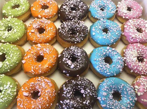 Crunchy Meringe Crumble Mini Donut box - JJ Donuts