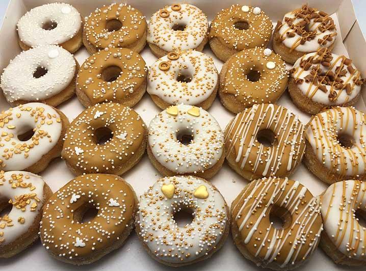 White Caramel Mini Donut box - JJ Donuts