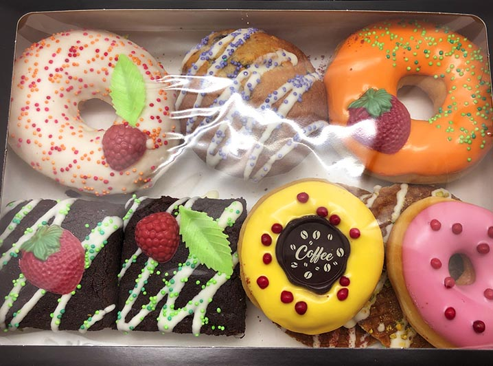 Cheatday box doos - JJ Donuts