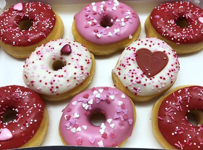 Valentijn Mini Donut box 2021 8st - JJ Donuts